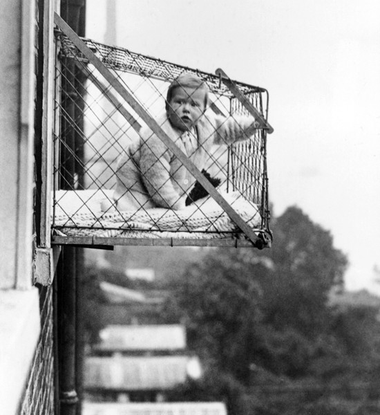 mensworst-inventions05baby-cagegetty3288310