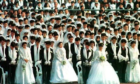 A-mass-wedding-ceremony-i-007
