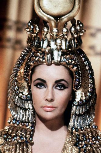 Elizabeth-Taylor_as-cleopatra-cleopatra-19098669-332-500