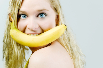 banana-in-teeth1